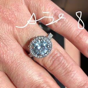 Gorgeous White Gold Filled Wedding Ring
